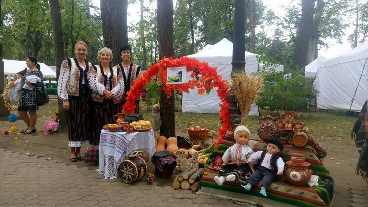 Diversitatea uneşte. Tradiţiile şi bucătăria etniilor din ţara noastră, prezentate în cadrul unui festival