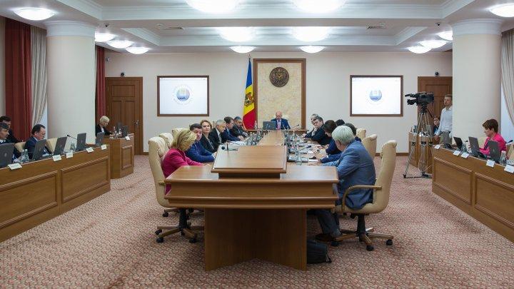 Guvernul consolidează cadrul instituţional al Republicii Moldova în domeniul migraţiei şi dezvoltării