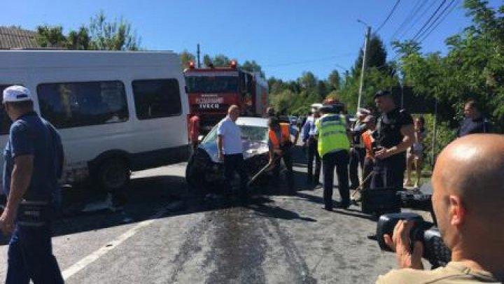 13 persoane rănite într-un accident în România. A fost activat Planul Roșu de intervenție