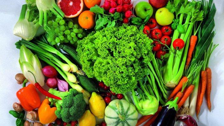 Sfaturi utile: Ce produse trebuie incluse în alimentaţia unui şcolar