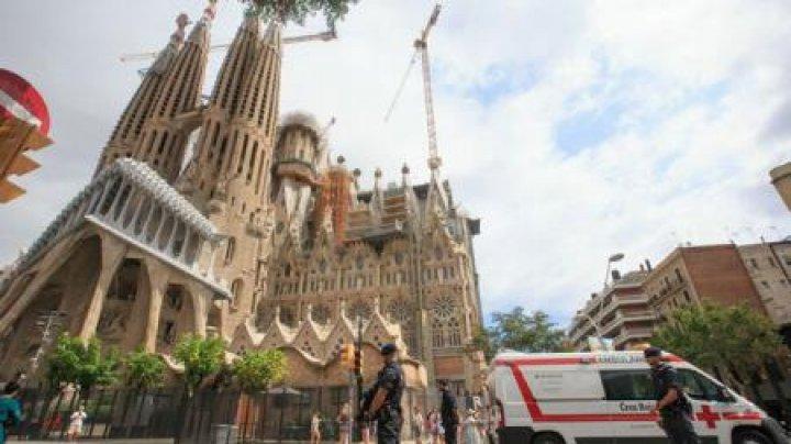 Poliţia catalană a evacuat catedrala Sagrada Familia din Barcelona în cadrul unei operațiuni antiteroriste