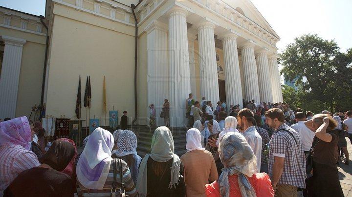 Creştinii ortodocşi marchează astăzi Ziua Crucii. Ce nu ai voie să faci în această zi