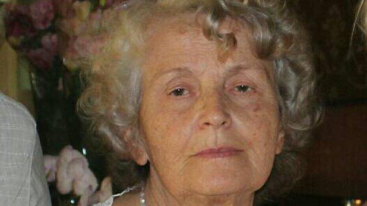 STRIGĂT DE AJUTOR! O bunică a dispărut fără urmă în amiaza acestei zile. Rudele o caută cu disperare
