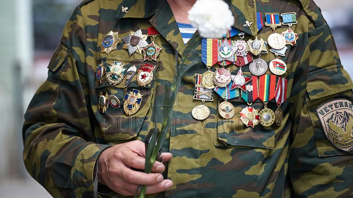 Apelul veteranilor către camarazi: Nu cădeţi în jocurile PSRM, PDA şi Partidul Nostru