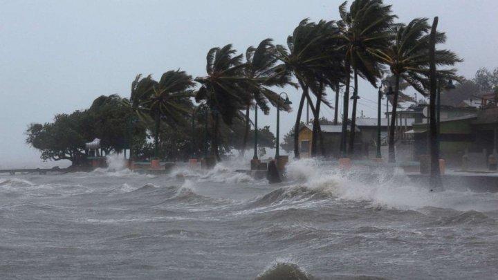 Irma și-a dezlănțuit forţa peste Florida. Distrugerile uriaşe lăsate în urmă (VIDEO)