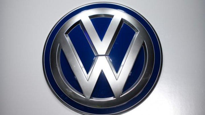 Volkswagen recheamă circa 5 milioane de automobile din cauza airbagului defectat