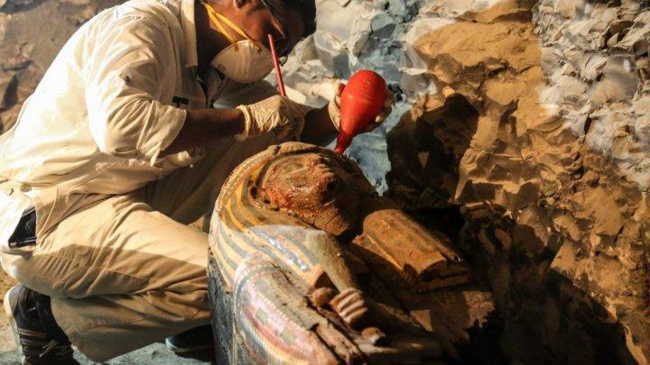 Incredibil! Ce au descoperit arheologii într-un mormânt din Egipt (FOTO)