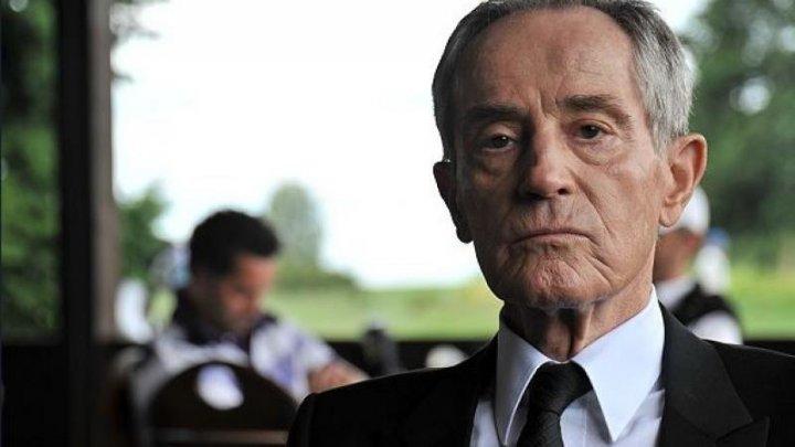 Moarte misterioasă! Un actor a murit după ce a căzut în râul Vltava