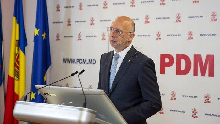 """Pavel Filip: """"Guvernul, prin lege, are responsabilitatea să asigure capabilitatea armatei naţionale"""""""