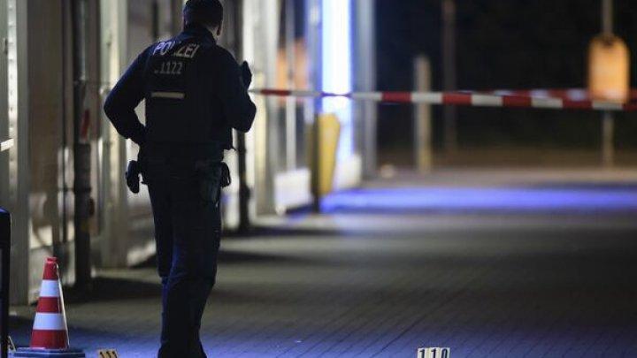 Focuri de armă lângă un club de noapte din Berlin: O persoană a murit, iar altele trei au fost rănite