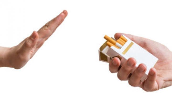 Bine de ştiut! Cum poţi RENUNŢA la fumat