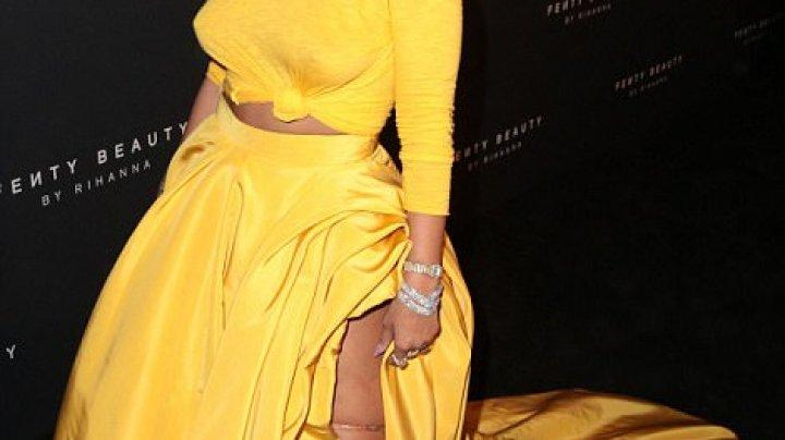 Rihanna, apariţie spectaculoasă la Săptămâna modei de la New York