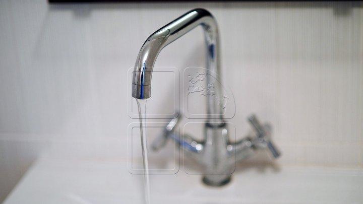 Locuitorii de pe mai multe străzi din Stăuceni rămân JOI fără apă la robinete