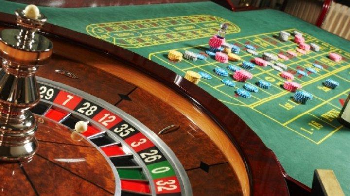 STUDIU: Italienii uită de limite când vine vorba de jocurile de noroc