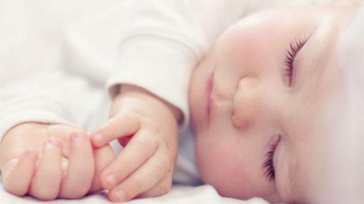 Primul CAZ din lume: Un bebeluş de 11 luni a murit după o supradoză de MARIJUANĂ