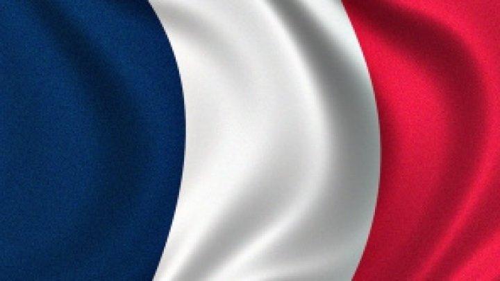 Zeci de mii de francezi au ieşit în stradă, nemulţumiţi de reforma Codului muncii (VIDEO)