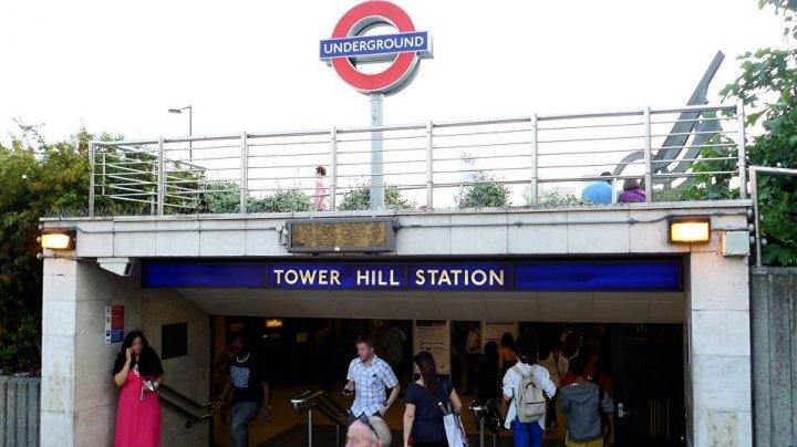 Panică la Londra! O explozie a avut loc într-un vagon de tren. Cinci persoane au fost rănite