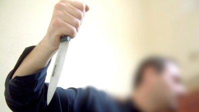 Clipe de groază: O vânzătoare din Edineț, ameninţată cu un cuţit de bucătărie