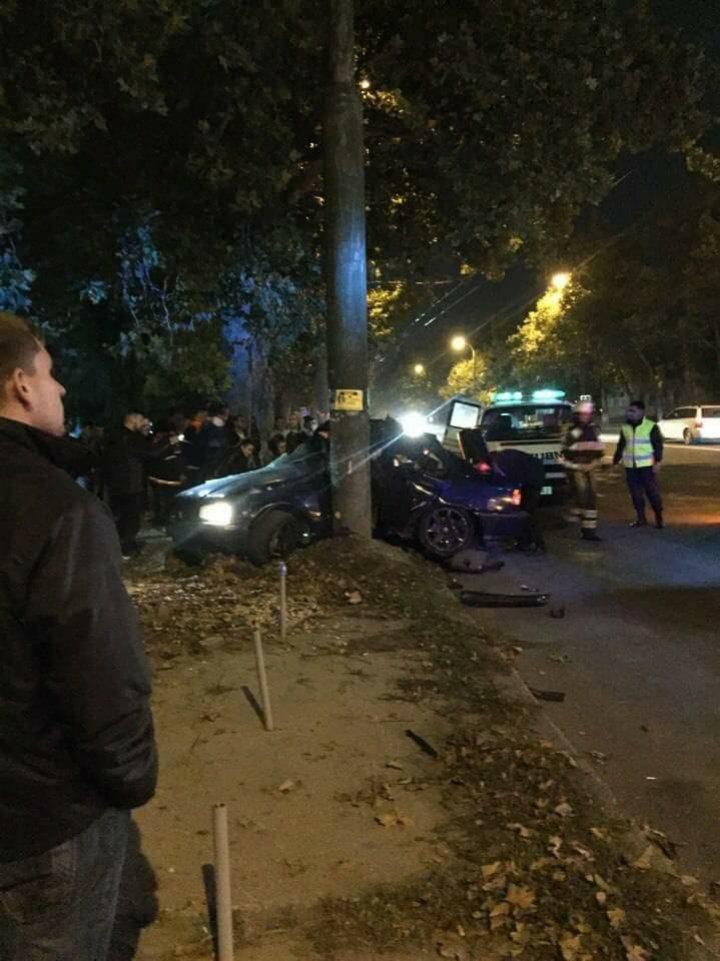 Accident teribil în cartierul Sculeanca. Martorii au versiuni diferite despre cele întâmplate (VIDEO/FOTO)