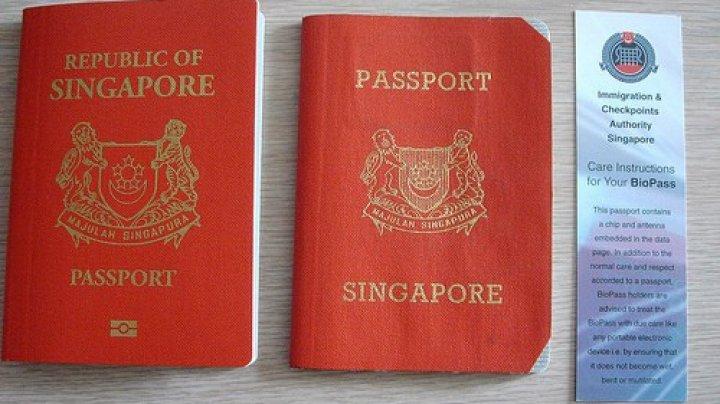 De ce este pașaportul din Singapore cel mai puternic din lume? Ce loc ocupă pașaportul românesc