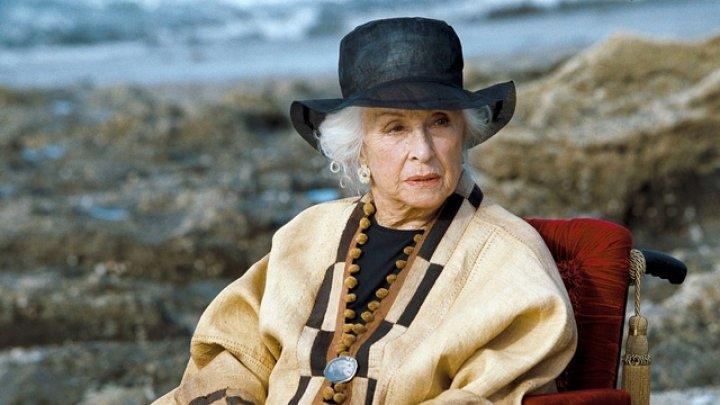 A murit o legenda a cinematografiei franceze. Faimoasa actriţă avea vârsta de 100 de ani