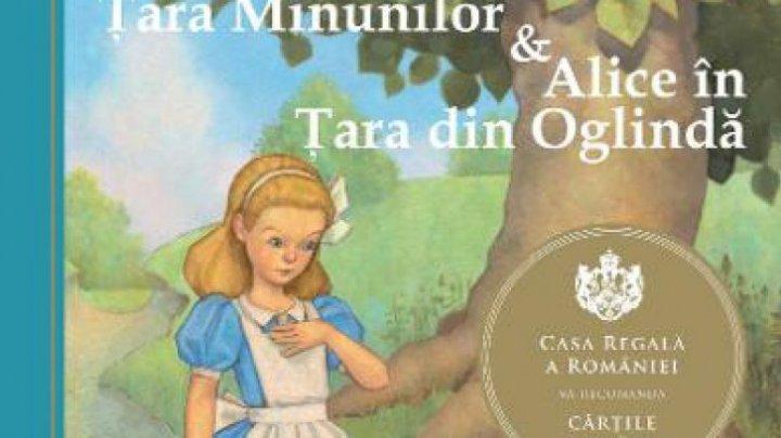 Mai multe cărți pentru copii, INTERZISE. Alice în Ţara Minunilor ar încuraja consumul de droguri