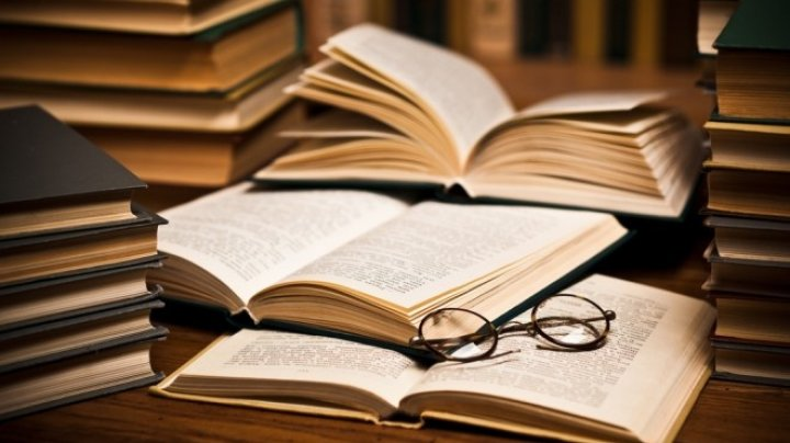 Scriitorul Pierre Guyotat a câştigat premiul Medicis pe 2018 cu romanul Idiotie