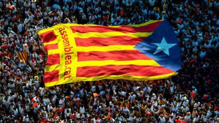 Madridul amenință Catalonia cu opțiunea nucleară: Suspendarea autonomiei