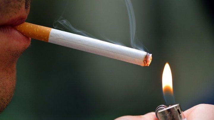 O companie îşi favorizează angajaţii nefumători oferindu-le șase zile în plus de concediu plătit