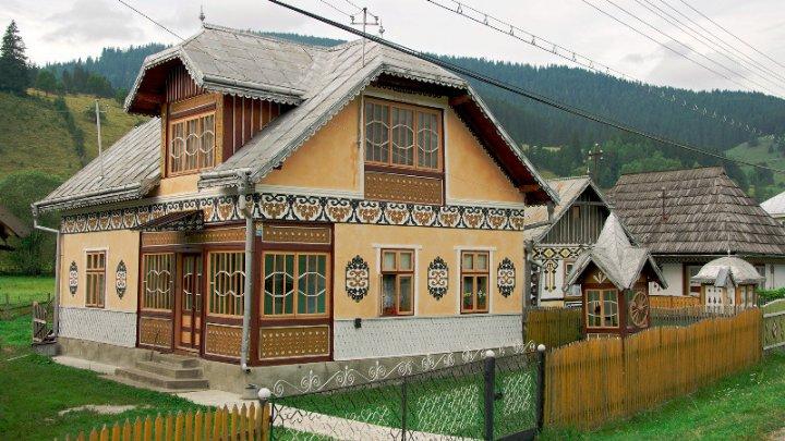 O comună din Bucovina, în top 10 al celor mai colorate destinaţii recomandate de celebrul ghid de călătorii Lonely Planet