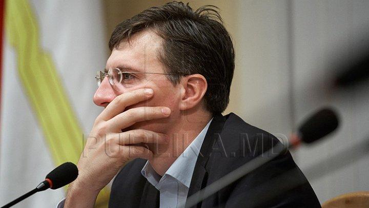 CEC a decis: Dorin Chirtoacă nu este admis în calitate de participant la referendum