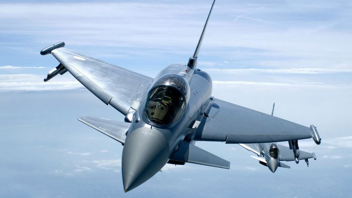 Un avion Eurofighter s-a prăbușit de Ziua Națională a Spaniei, în timpul manifestațiilor