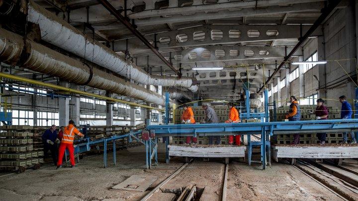 Fabrica de cărămidă din Anenii Noi şi-a reluat activitatea (FOTOREPORT)