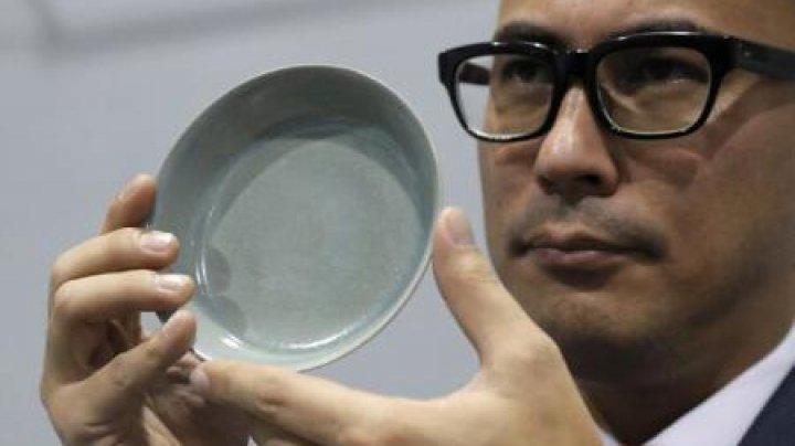 Record mondial: Un bol chinezesc vechi de 1.000 de ani, vândut la licitație cu 32 de milioane de euro