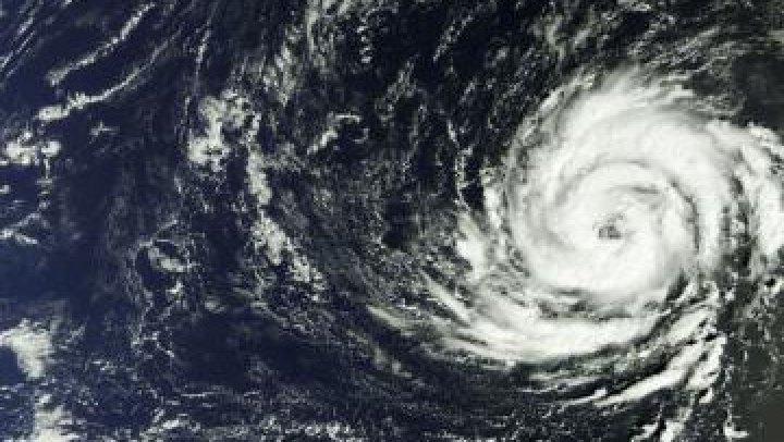 Uraganul Ophelia SE APROPIE! Avertismente de vânt puternic în Anglia, Irlanda și Scoția pentru luni și marți