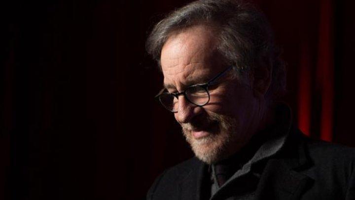 Primul serial marca Apple va fi produs de celebrul regizor Steven Spielberg