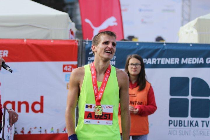 Maraton Internațional Chișinău: Cursa de 42 de kilometri, câştigată de Nicolae Gorbușco (FOTO)