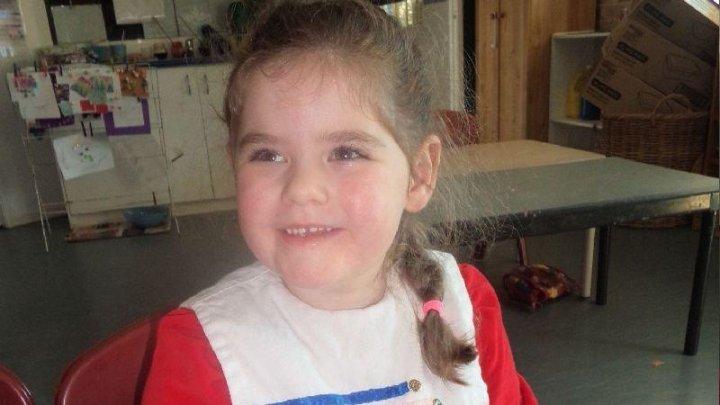Maturizare înainte de vreme. O fetiță de numai 5 ani din Australia a intrat deja la menopauză