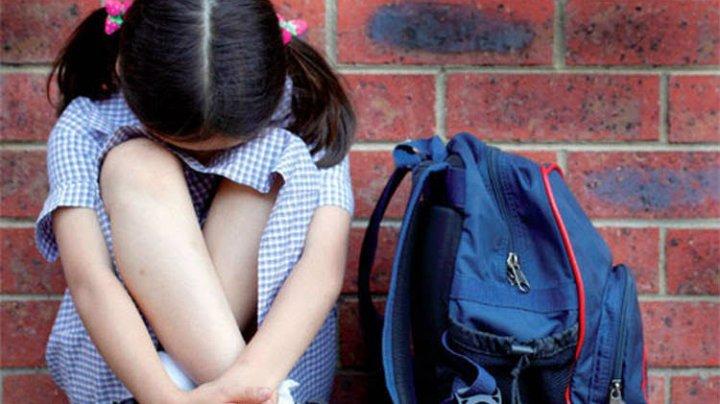 A FOST BĂTUTĂ şi ERA ÎN STARE DE ŞOC! De cine şi cum a fost salvată o fetiță de 12 ani, răpită de un grup de bărbaţi