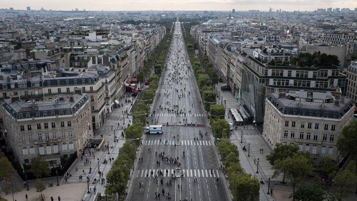 Circulaţia pe străzile din Paris, fără maşini pe benzină sau motorină. Ce plan de viitor au francezii