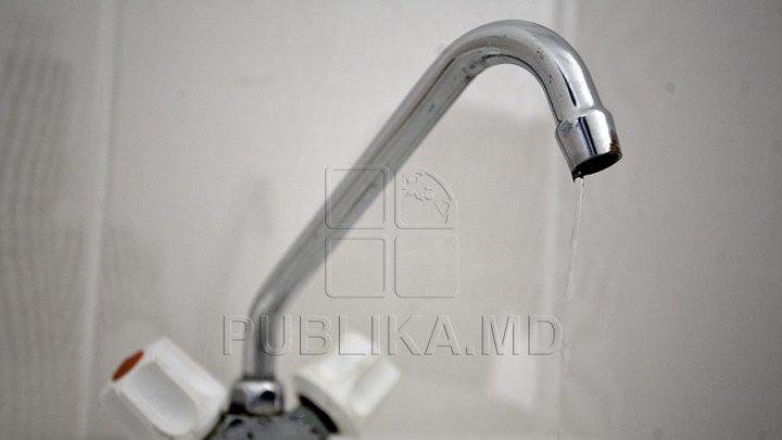 Locuitorii de pe mai multe străzi din Capitală rămân MARŢI fără apă la robinet