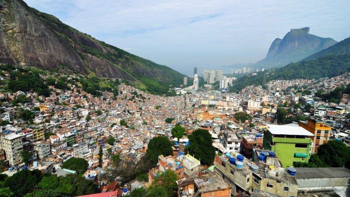 TRAGIC! O turistă a fost împușcată din greșeală în Rio de Janeiro de către un polițist