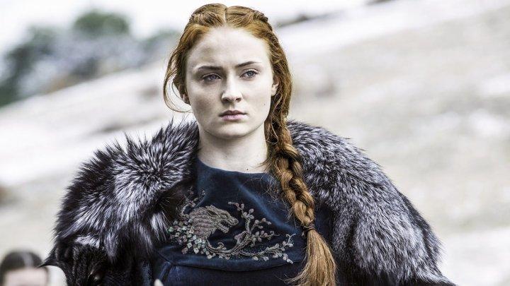 """Sansa Stark din serialul """"Game of Thrones"""" a fost cerută în căsătorie de iubitul său celebru"""