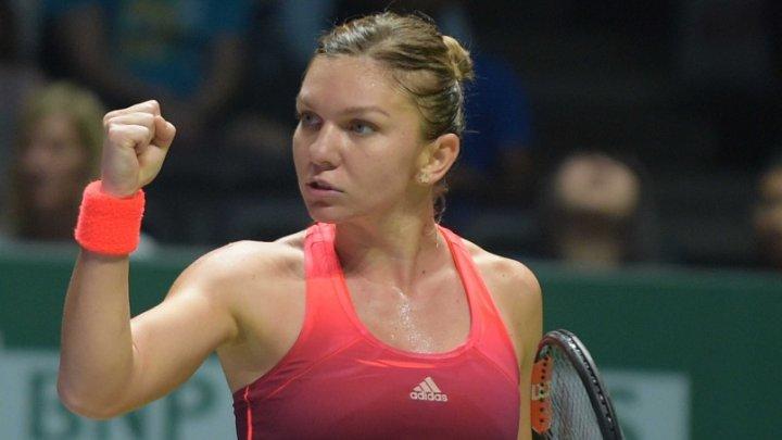 Simona Halep rămâne nr. 1 mondial după ce Caroline Wozniacki a învins-o pe Karolina Pliskova