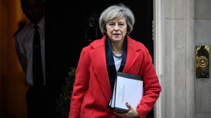 Theresa May cere liderilor europeni să continue negocierile pentru Brexit