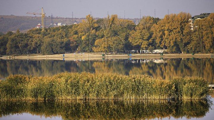 SE ÎNTOARCE VARA în Moldova? În următoarele zile vremea se încălzeşte. Câte grade vor indica termometrele