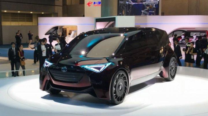 Toyota dezvoltă un nou tip de cauciuc pentru mașini electrice