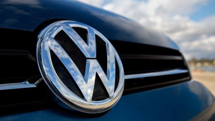 Compania auto Volkswagen și-a îmbunătățit estimările privind câștigurile din acest an datorită majorării vânzărilor