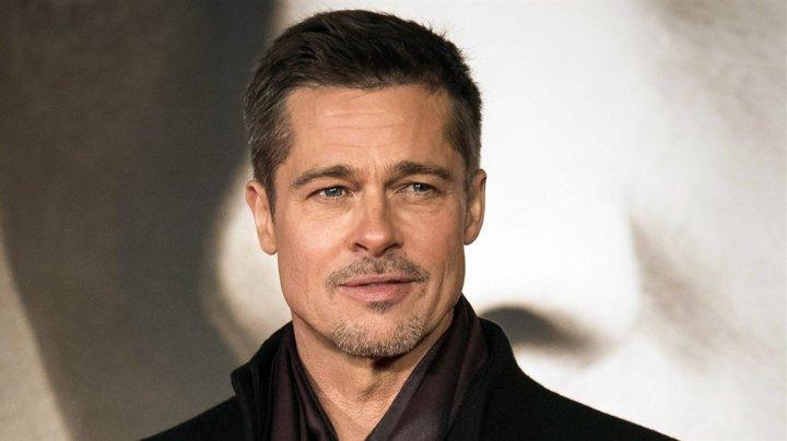 Brad Pitt are o nouă iubită în vârstă de 21 de ani. Seamănă izbitor cu Angelina Jolie