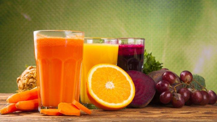 Sucul natural care este mult mai eficient decât orice sirop de tuse